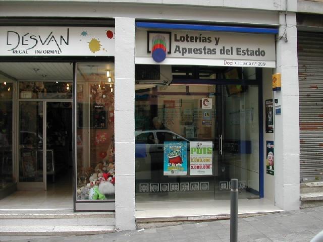 Barcelona reparte 82.000 euros del segundo premio de La Bonoloto