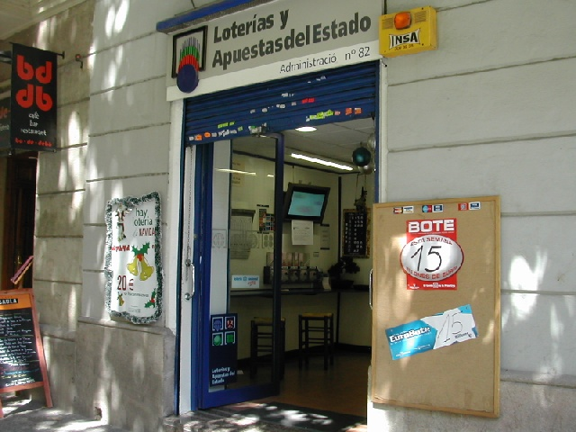 Barcelona reparte 28.000 euros del segundo premio de La Bonoloto