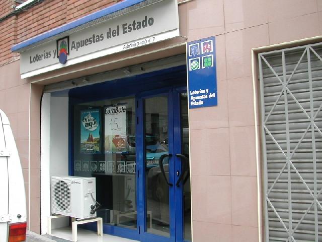 Aparece un premio de segunda categoría del La Primitiva validado en Santa Coloma De Gramenet