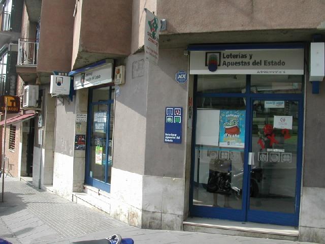 El segundo premio de   La Bonoloto cae en Santa Coloma De Gramenet