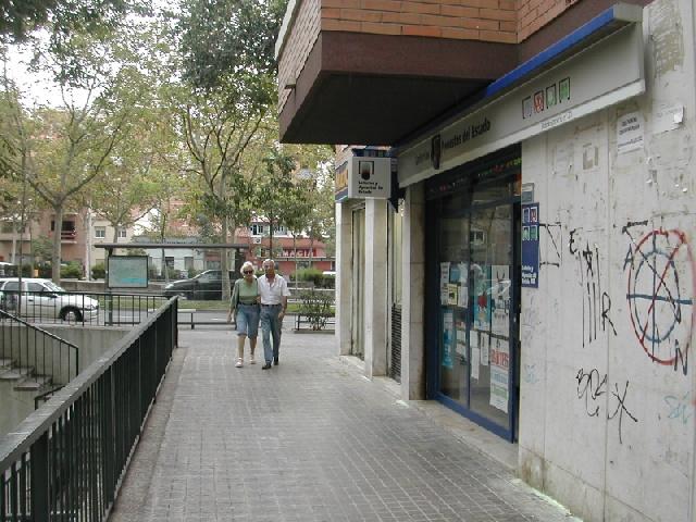 Un acertante de La Bonoloto gana en Badalona 83.000 euros