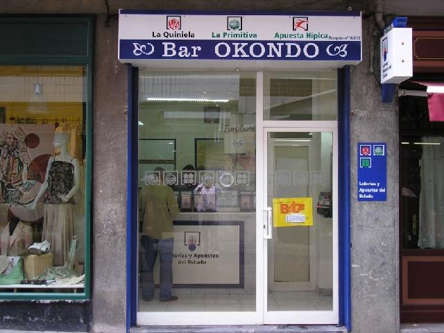 Los residentes en Getxo agraciados en La Bonoloto al caer el segundo premio en Getxo