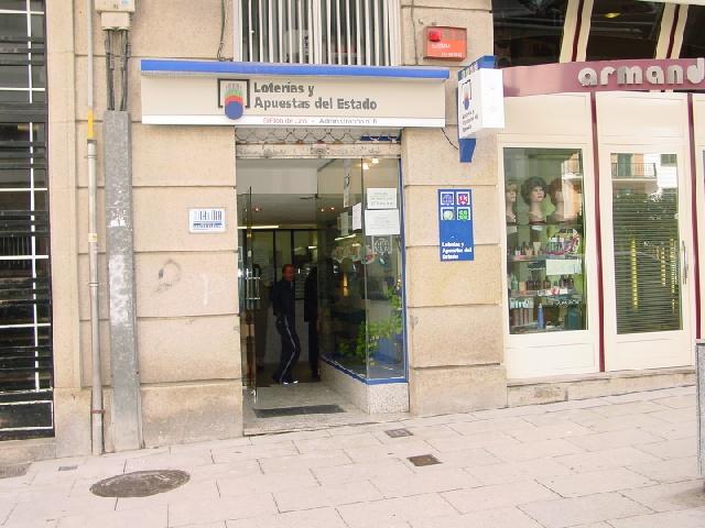 Un boleto de El Euromillones deja  167.000 euros en Santiago De Compostela