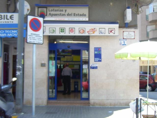 La Bonoloto deja un acertante de primera categoría en Elche este martes