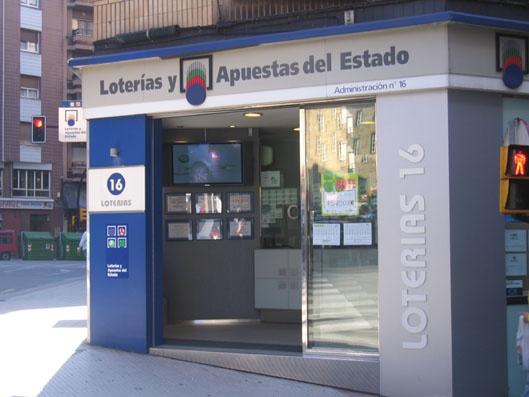 Un acertante de La Bonoloto gana en Gijón 169.000 euros