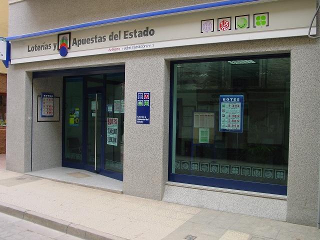 Aterriza en la localidad de Alfaro el segundo premio de La Bonoloto.