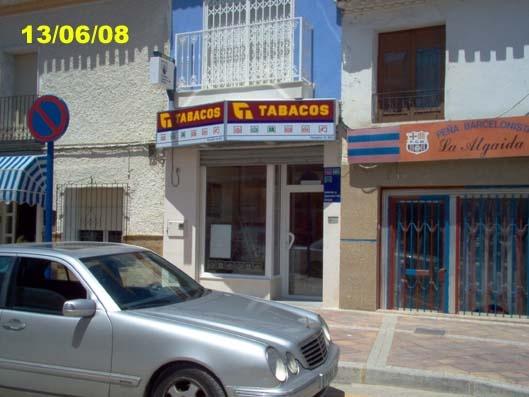 Un acertante gana en La Algaida  20.000 euros en La Bonoloto