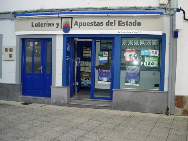 La localidad de Tapia De Casariego ha sigo agraciada con el segundo premio de La Bonoloto.