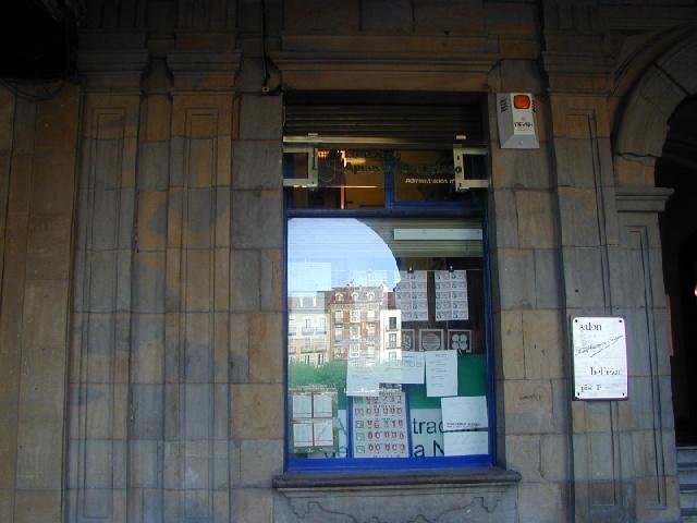 El primer premio de La Bonoloto deja 373.000 euros en Pamplona