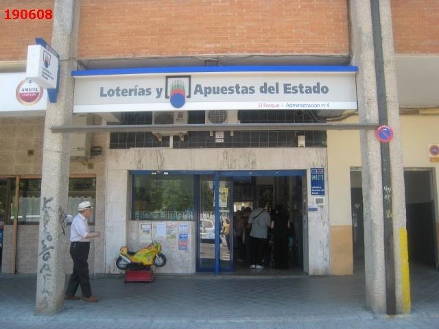 Aterriza en la localidad de Alfafar el segundo premio de La Bonoloto.