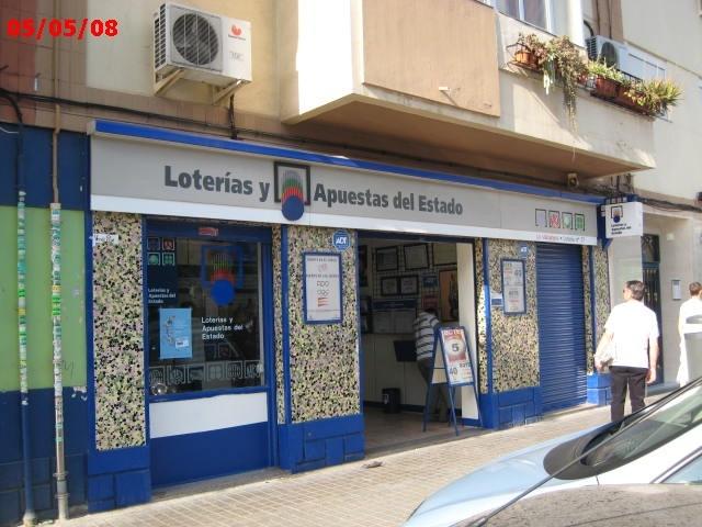 Aterriza en la localidad de Valencia el segundo premio de La Bonoloto.