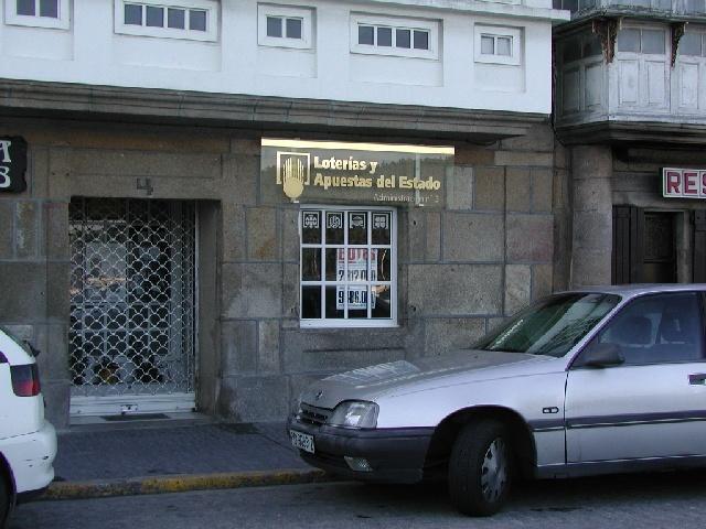 La localidad de Vilagarcía De Arousa ha sigo agraciada con el segundo premio de La Bonoloto.