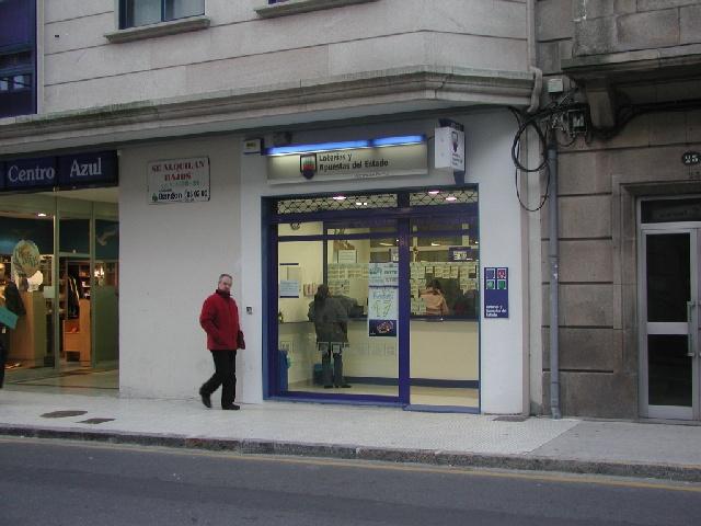 Un boleto de La Bonoloto validado en Pontevedra resulta agraciado con 42.000 euros