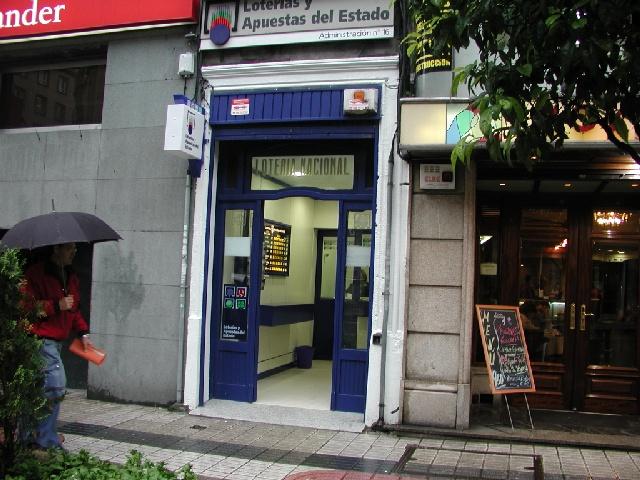 El sorteo de  La Bonoloto deja en Vigo un segundo premio dotado con 66.000 euros