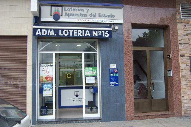 Un acertante gana en Vitoria-gasteiz  53.000 euros en La Bonoloto