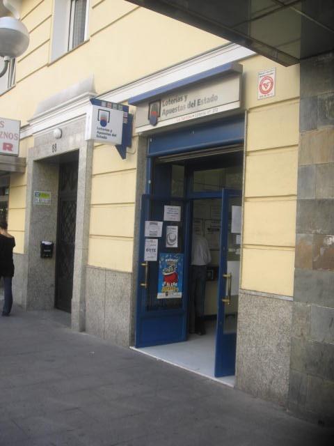 Aterriza en la localidad de Madrid el segundo premio de La Bonoloto.