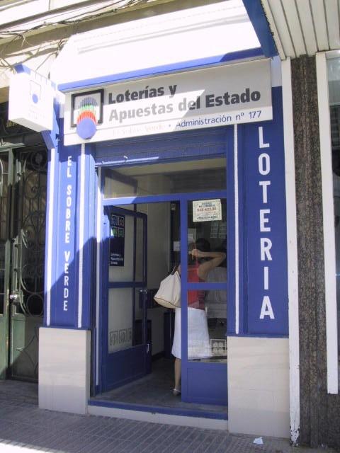 Un acertante de La Bonoloto gana en Madrid 47.000 euros
