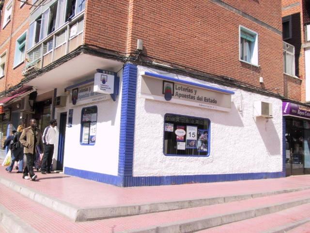 Un acertante gana en Alcalá De Henares  1.273.000 euros en La Bonoloto
