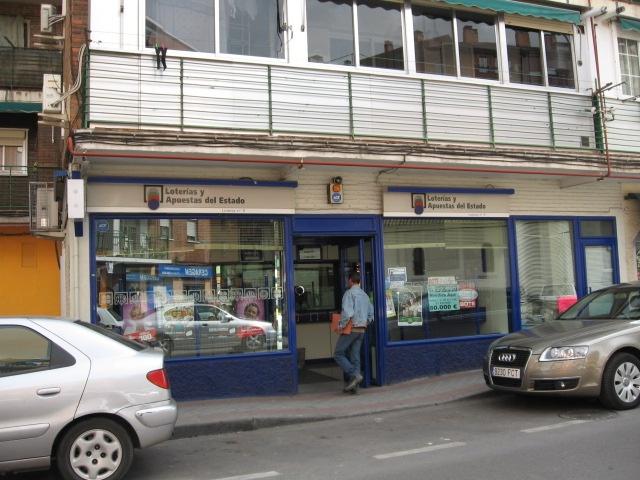Un acertante gana en Fuenlabrada  49.000 euros en La Bonoloto